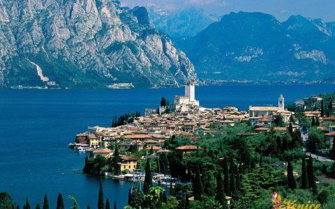 Malowniczy ślub nad jeziorem Garda - Malcesine - zdjęcie 16