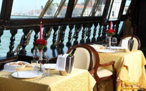 Ślub w Wenecji i szalone wesele w galeonie - zdjęcie 29