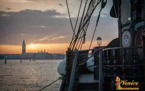 Ślub w Wenecji i szalone wesele w galeonie - zdjęcie 34