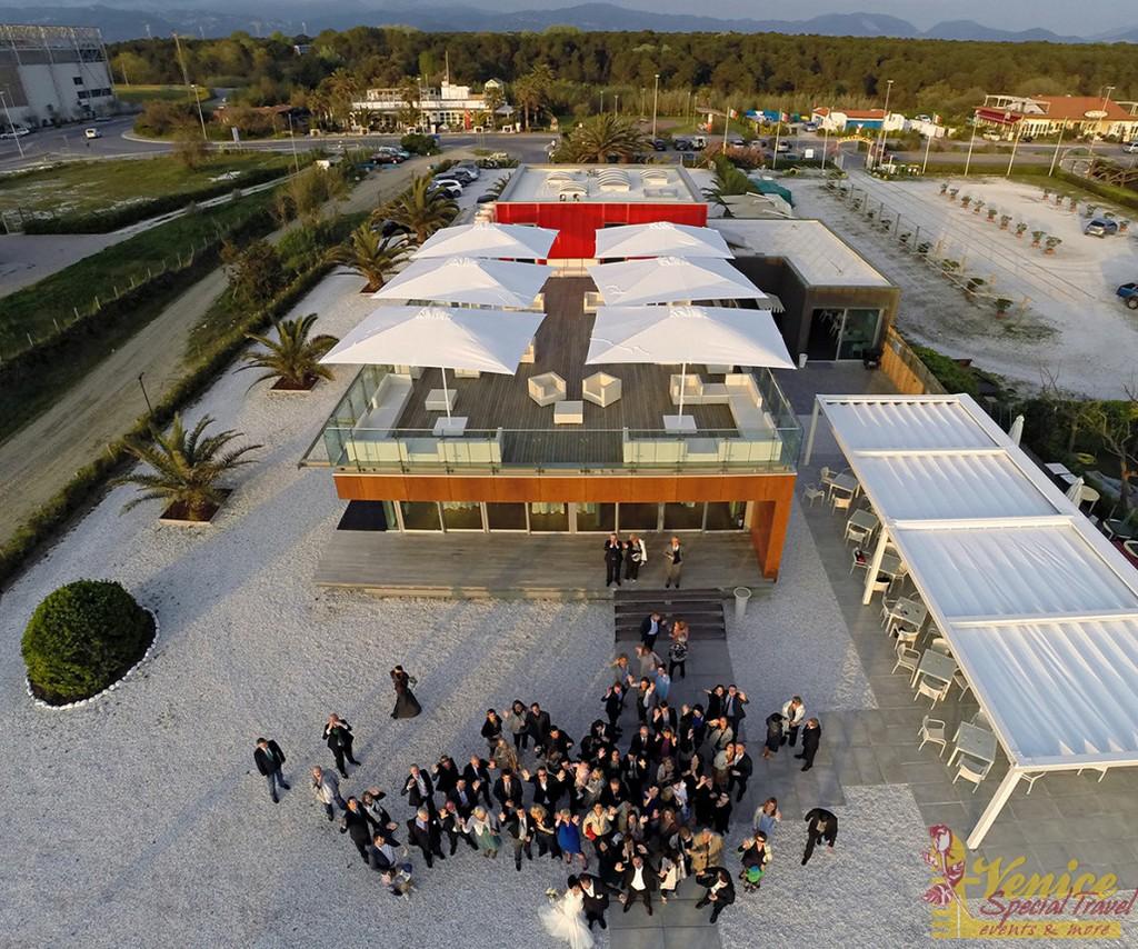 Ślub na plaży - Toskania - zdjecie 05 - venicespecial.com
