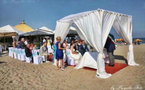 Ślub we Włoszech na plaży adriatyckiej